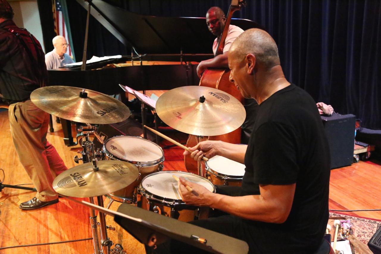 Jae Sinnett - Drums