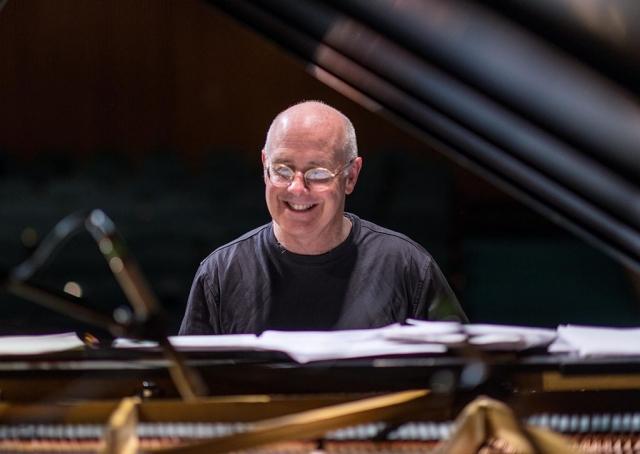 Allen Farnham - Piano
