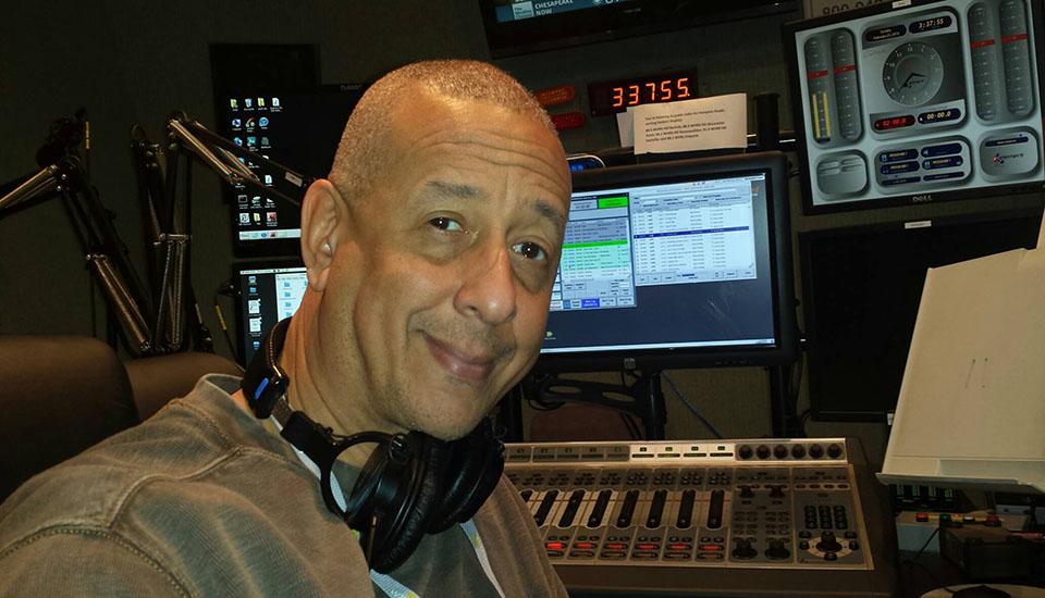 Jae producing his jazz radio show Sinnett in Session on WHRV-FM 89.5 in Norfolk, VA