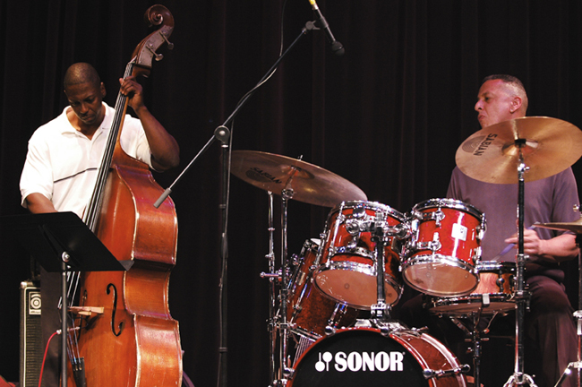 The Jae Sinnett Trio in Action